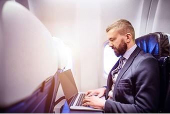 Lavorare in viaggio: 5 app imperdibili per business manager