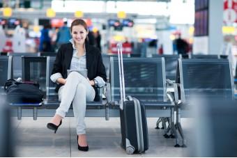 Cosa fare in aeroporto: 7 suggerimenti per ingannare il tempo