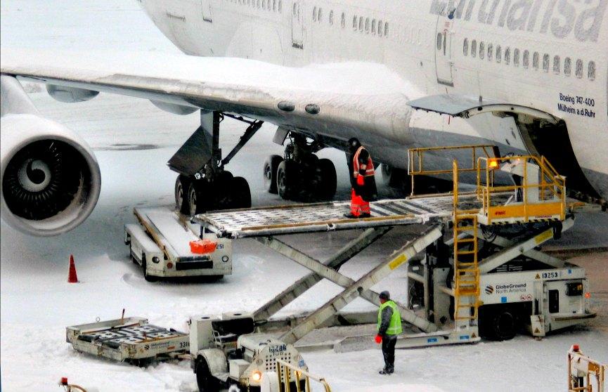 Rimborso biglietto aereo e indennizzo per maltempo e neve
